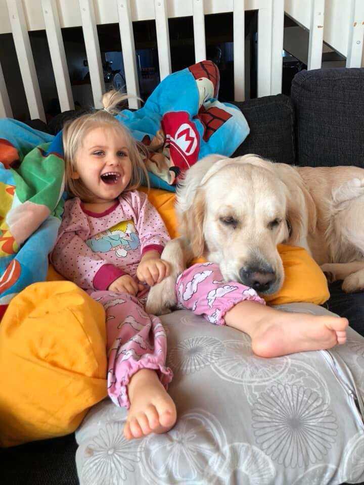 Liv tillsammans med hunden Emma.