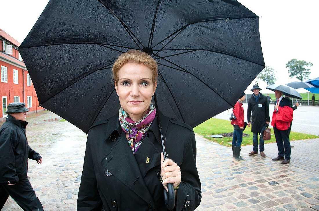 """KRISPOLITIK Den danska valrörelsen har präglats mer av """"normala"""" höger-vänster-frågor än av strider om invandringspolitik. I morgon väljer danskarna mellan en passiv borgerlighet och en aktiv socialdemokratisk krispolitik. Den senare ledd av Helle Thorning-Schmidt."""