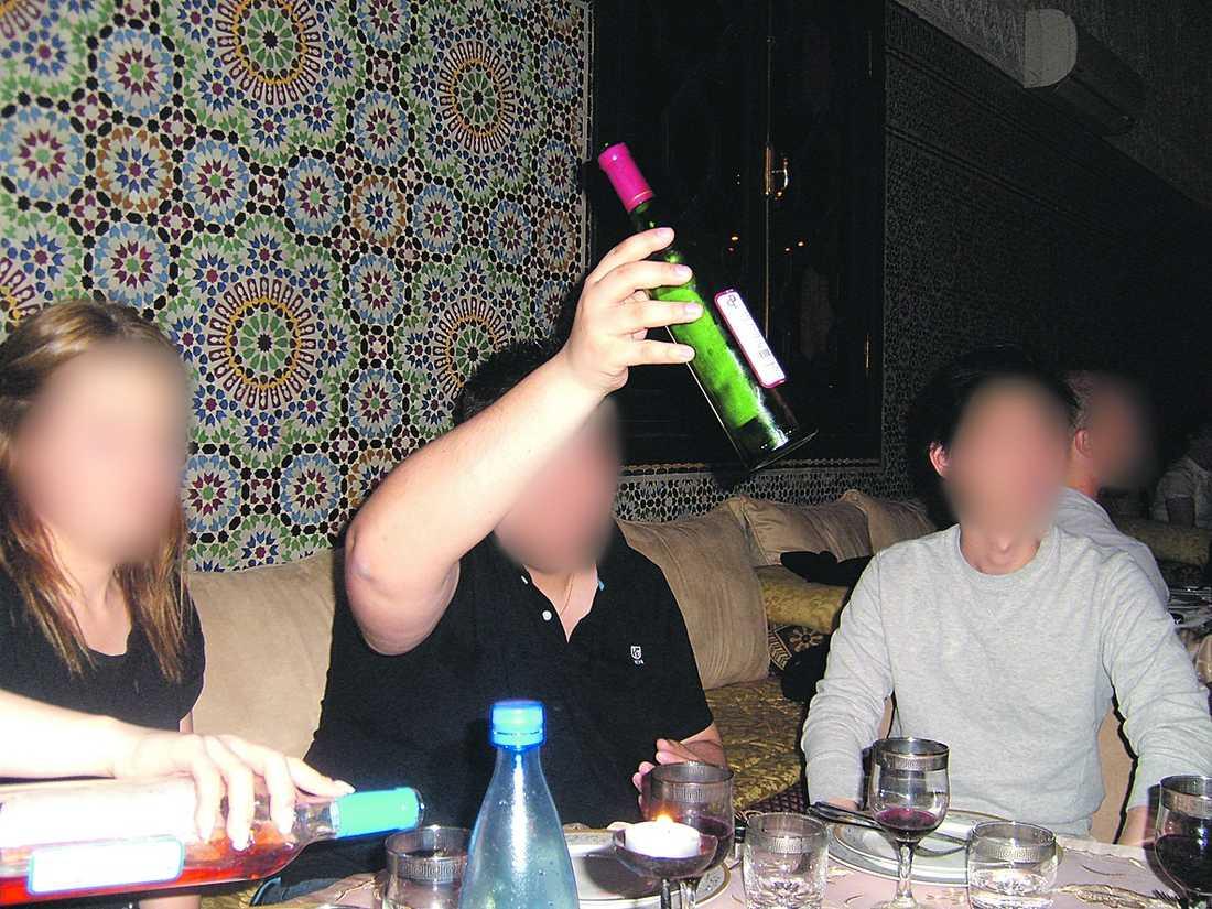 Personalen fick bo på det fyrstjärniga hotellet Royal Mirage Marrakech med pool, massagerum och spa. Varje kväll bjöds det på trerättersmiddag.