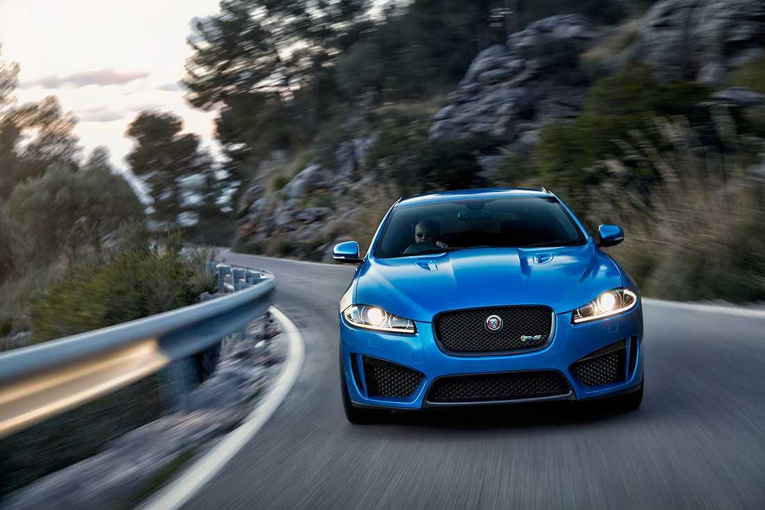 Jaguars kombi XF Sportbrake, här i prestandautförandet XFR-S
