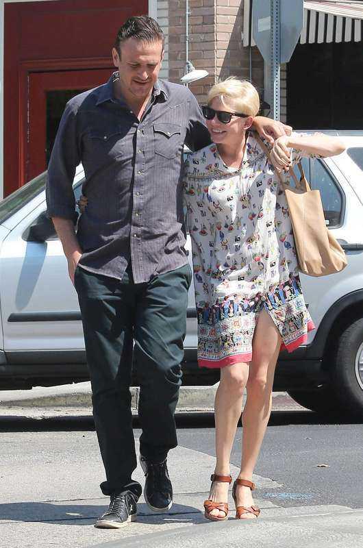Jason Segel och Michelle Williams.