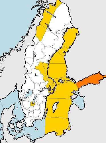 SMHI:s karta på fredagsmorgonen visar flera stora områden där det utfärdats varningar.