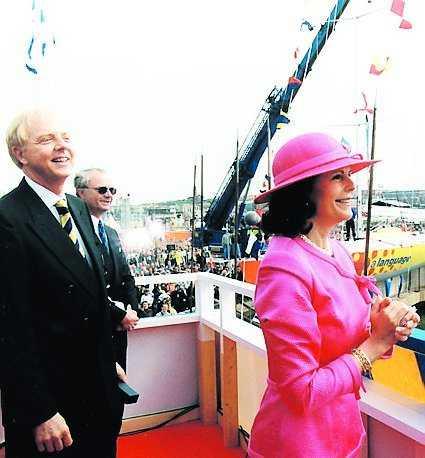Bertil Hult är nära vän med Silvia och kungen...