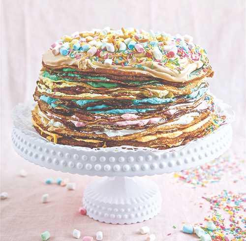 Frasig pannkakstårta till favoritfikat.