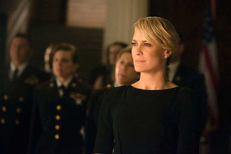 """2. Claire Underwood (Robin Wright), """"House of cards""""."""