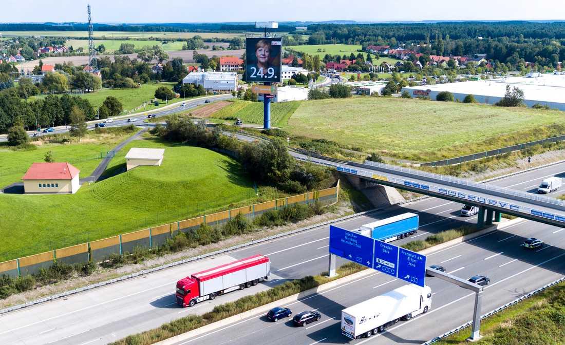 Motorväg nära Hermsdorf i östra Tyskland. Arkivbild.