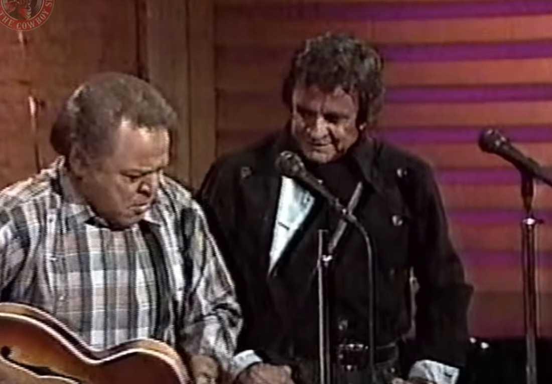 Roy Clark och Johnny Cash.