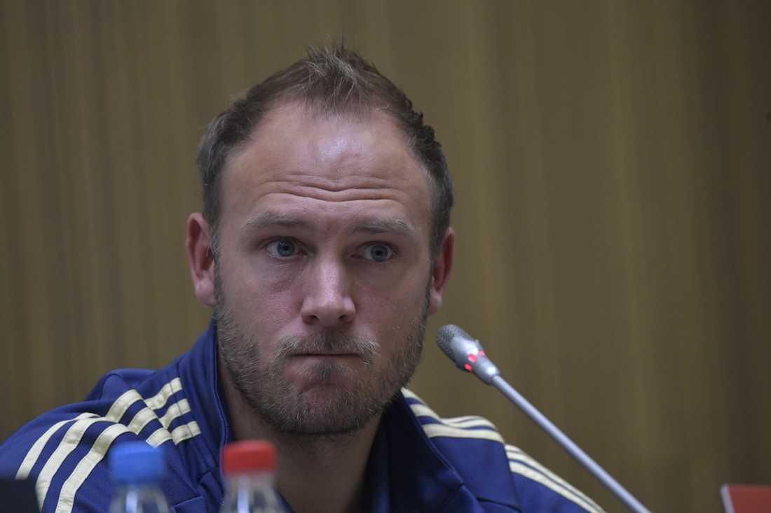 Andreas Granqvist under dagens presskonferens.