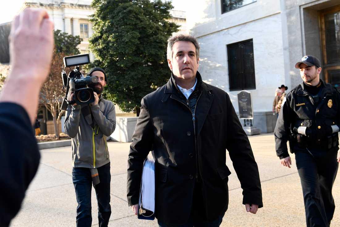 """Michael Cohen, president Trumps forne """"fixare"""", i Washington. Onsdagen är andra dagen av tre av hans vittnesmål i kongressen."""