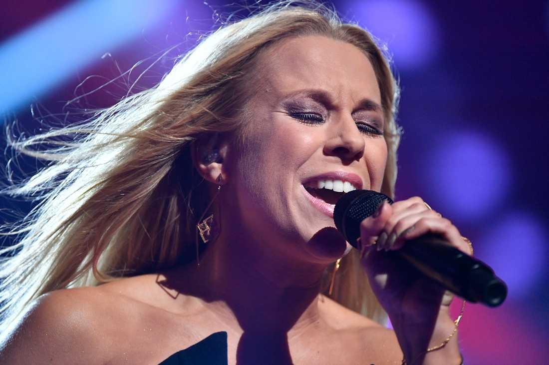 Krista Siegfrids öppnar sitt hjärta i Melodifestivalen.