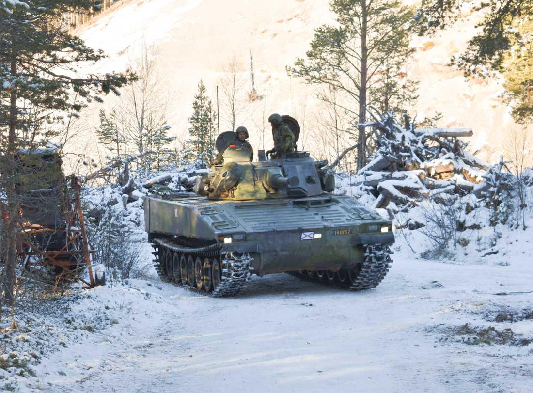 En soldat har omkommit i en olycka med ett stridsfordon 90. Arkivbild.