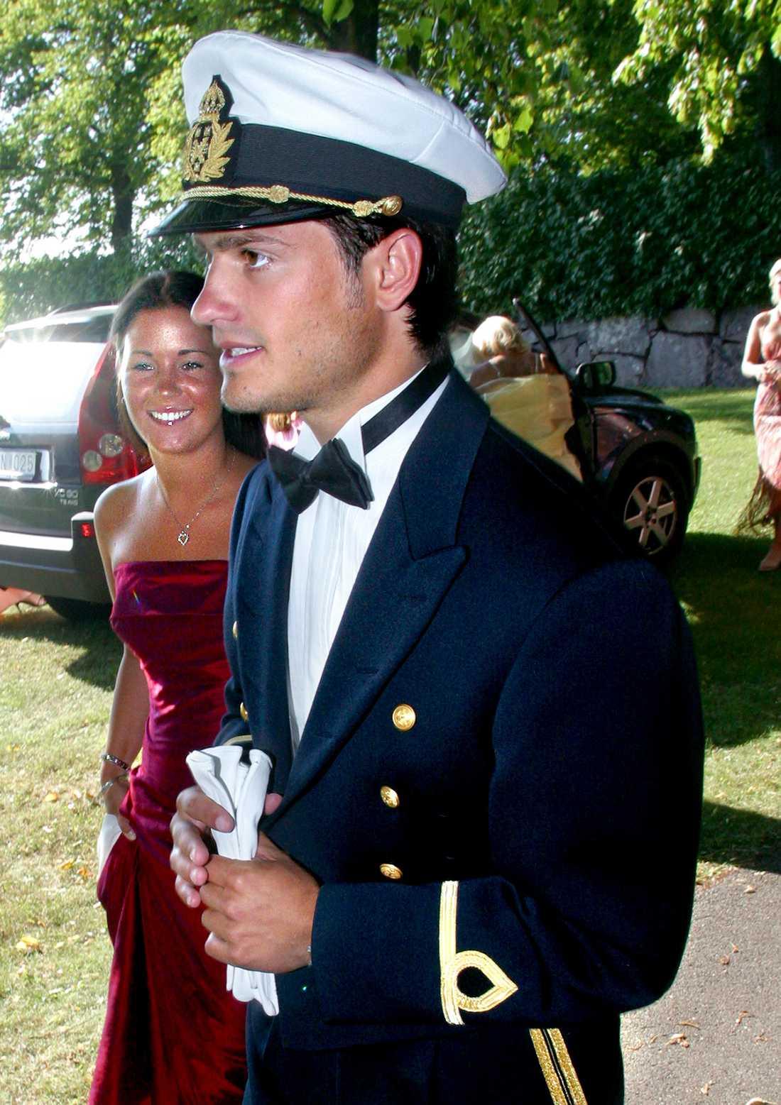 Emma och Carl Philip på bröllop 2003.