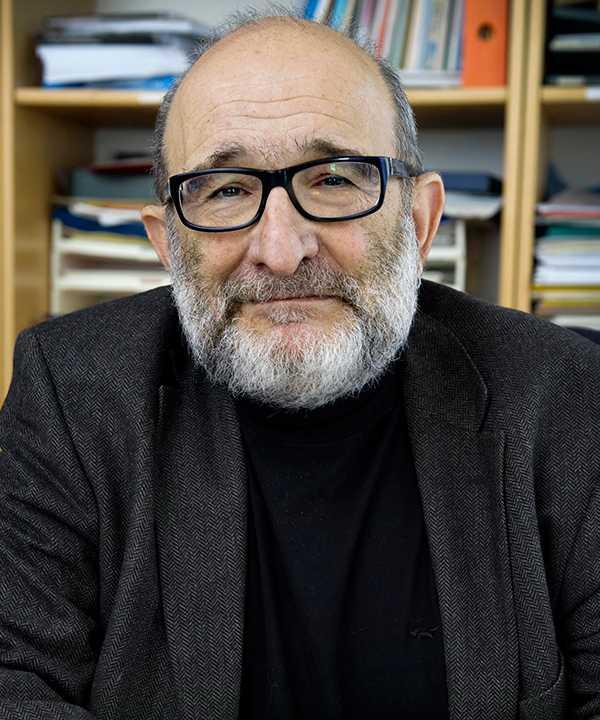 Jerzy Sarnecki tycker att polismål borde utredas av en fristående myndighet.