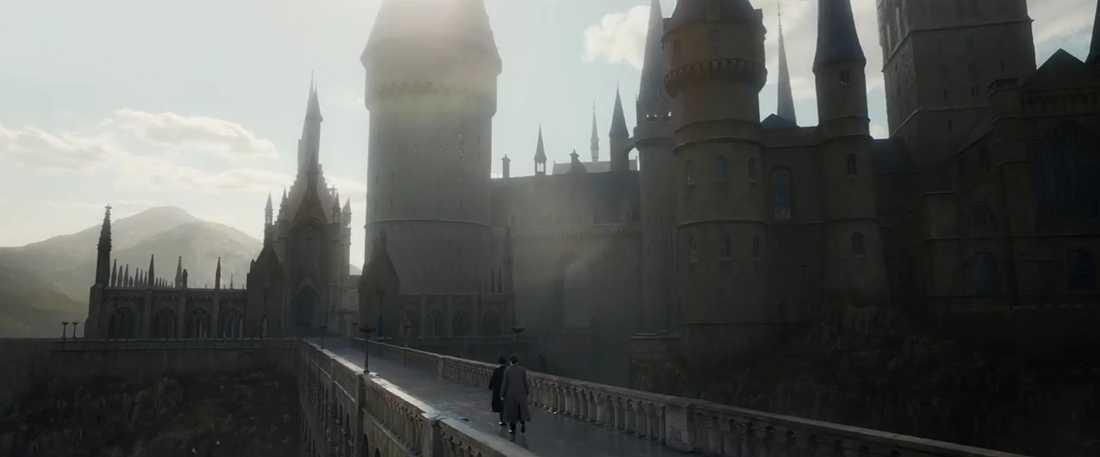 Tillbaka till Hogwarts i uppföljaren.