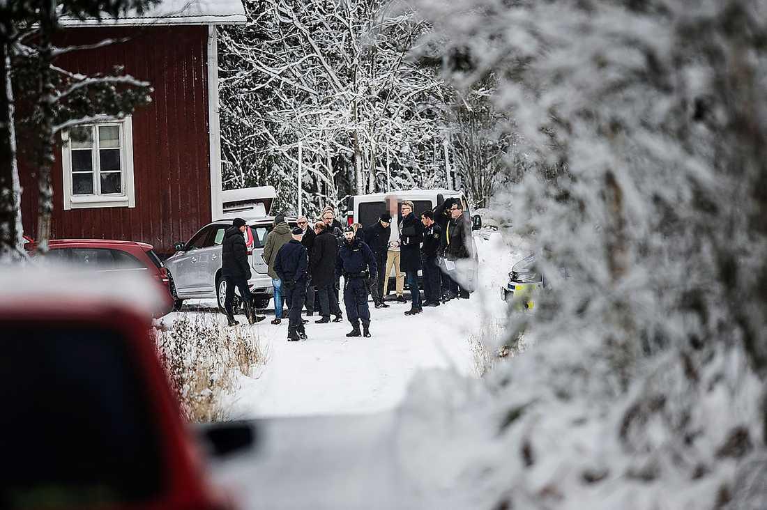 Tova Moberg, 19, misstänks ha mördats på sin expojkväns gård.
