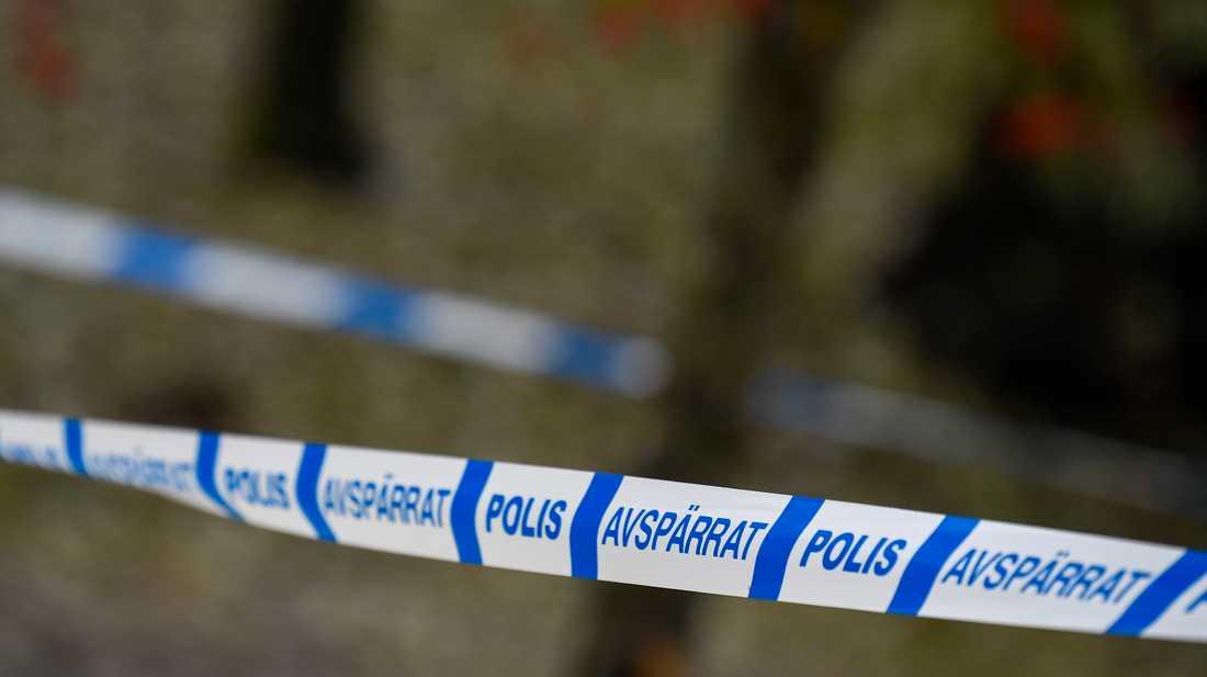 Ett äldre par har häktats efter ett stort sprängmedelsfynd utanför Örebro. Arkivbild.