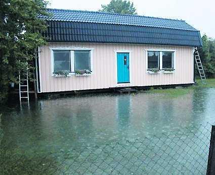 Det kraftiga regnet ställde till det ordentligt för de boende i Slite.