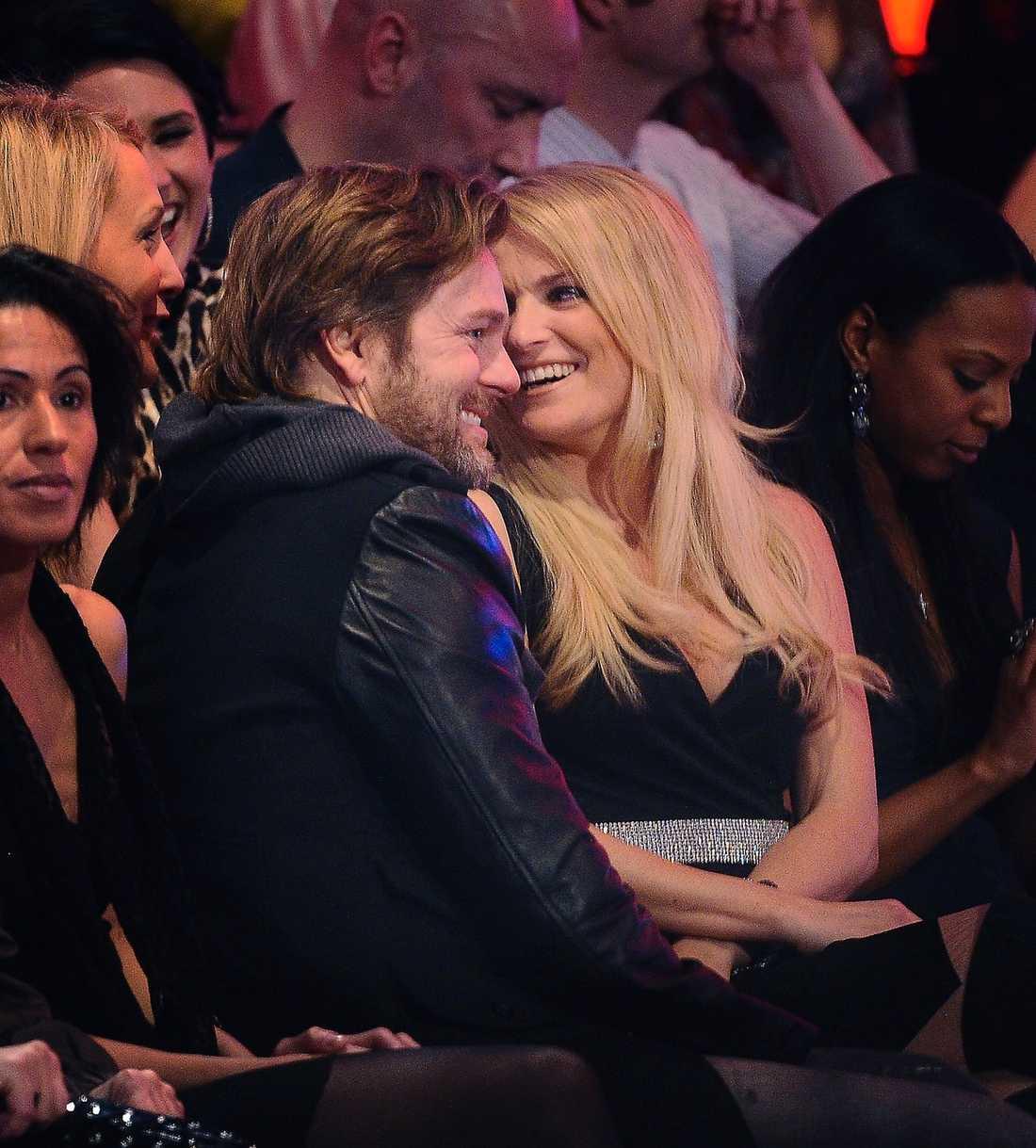 """Niclas och Laila tillsammans i publiken under """"Let´s dance"""" 2011."""