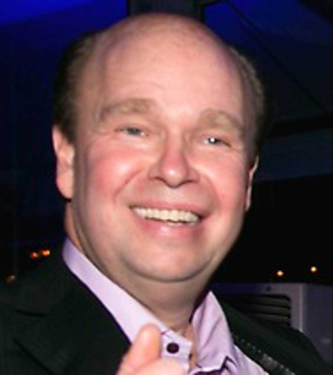 Lasse Kronér gillar valet av Marie Serneholt.