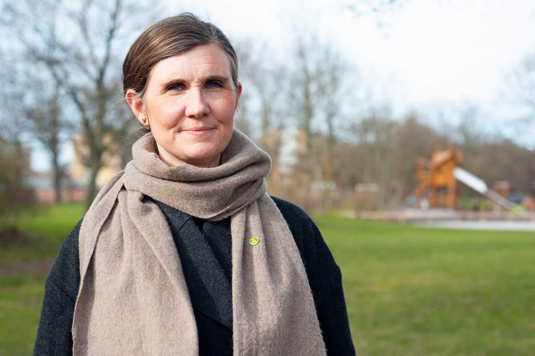 Märta Stenevi utmanar Emma Nohrén i striden om uppdraget som Miljöpartiets partisekreterare.