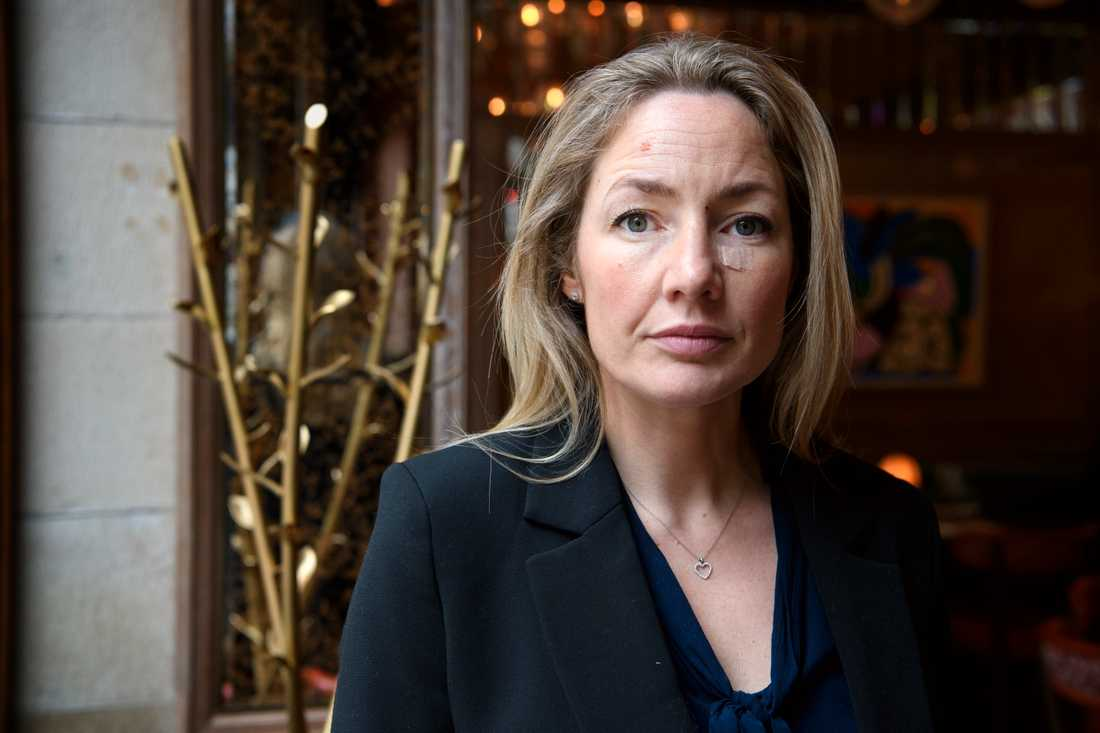 Anna Sjödin, marknadschef på Brasseriegruppen, har suttit i möten till långt in på kvällarna för att försöka rädda så många medarbetare som möjligt från uppsägning.