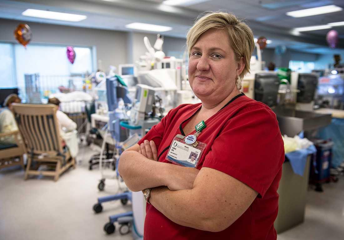 """""""DERAS KROPPAR ÄR INTE I ORDNING"""" Carla Gill är sjuksköterska på sjukhusets neonatalklinik, den största av sitt slag i USA."""