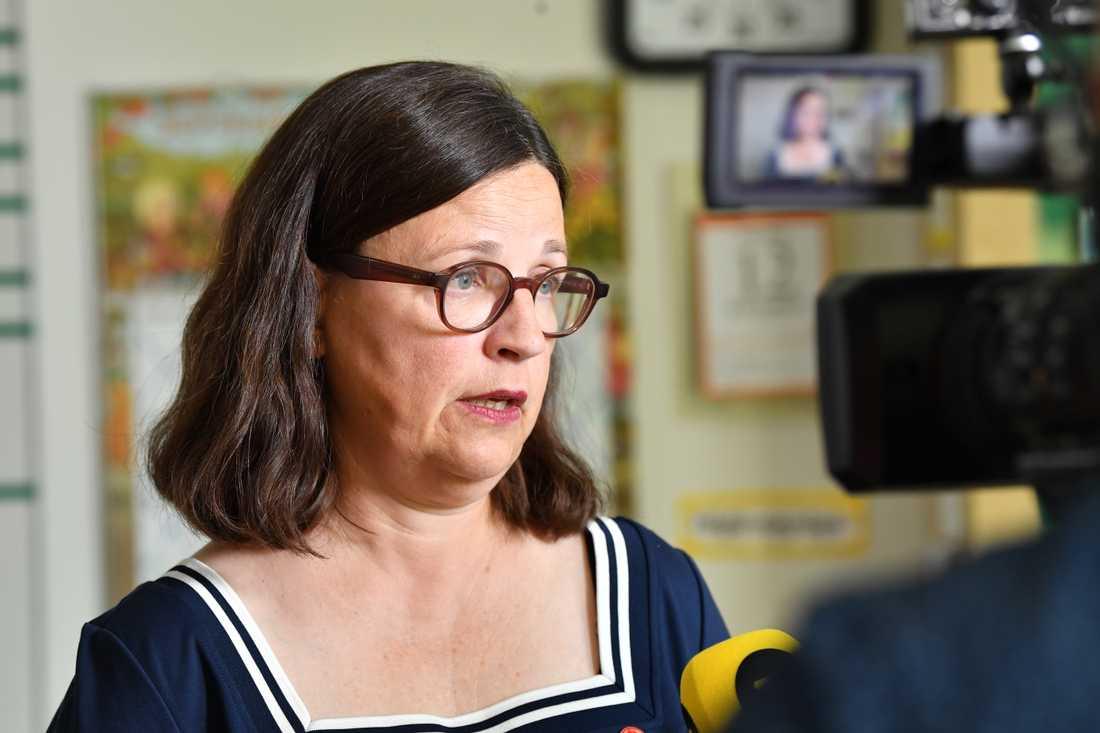 Utbildningsminister Anna Ekström (S) har uppvaktats av historielärare som vill ha mer undervisningstid. Frågan landar så småningom på hennes bord. Arkivbild.