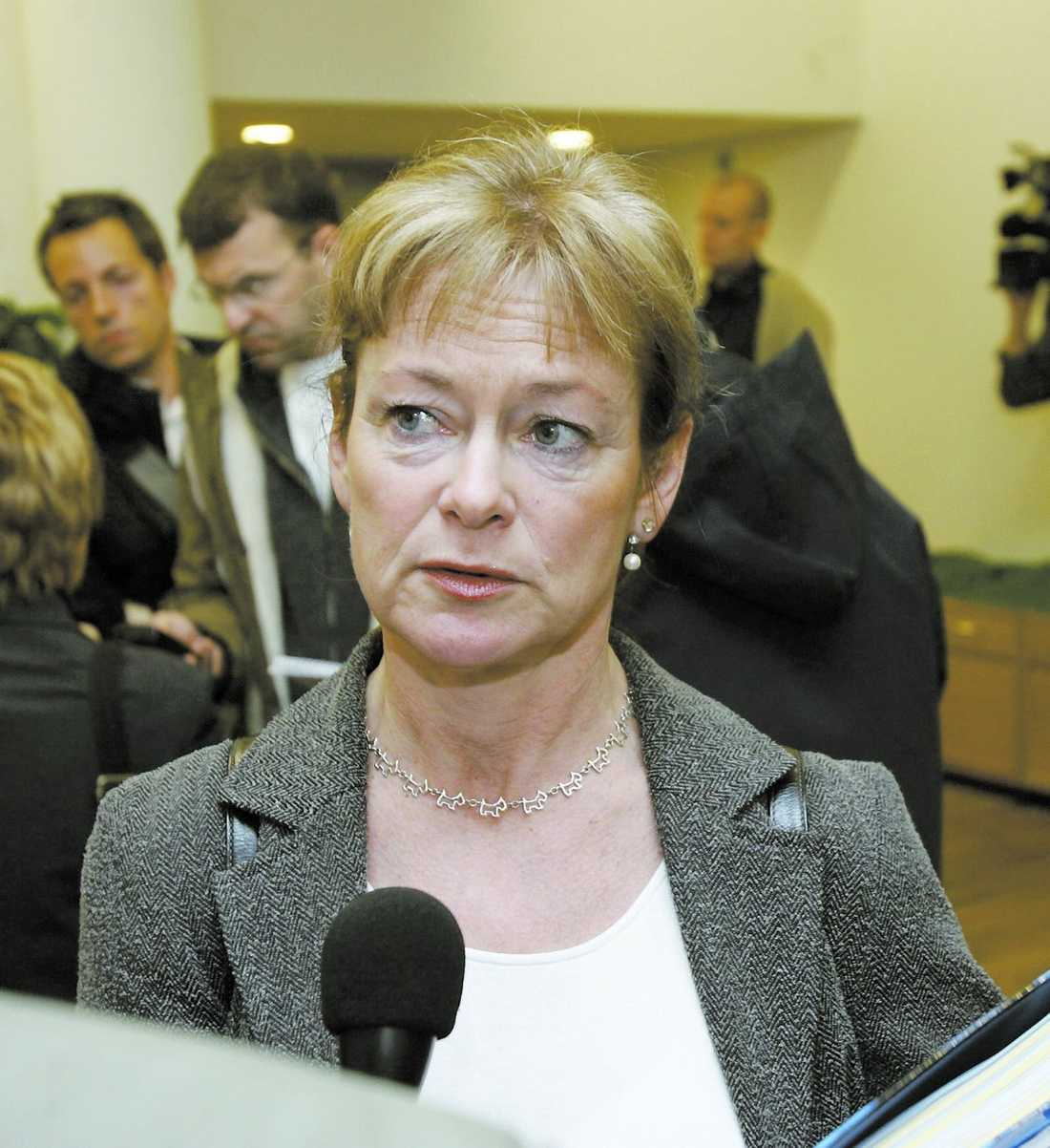 Anmäld till Konstitutionsutskottet: Lena Adelsohn Liljeroth (M).