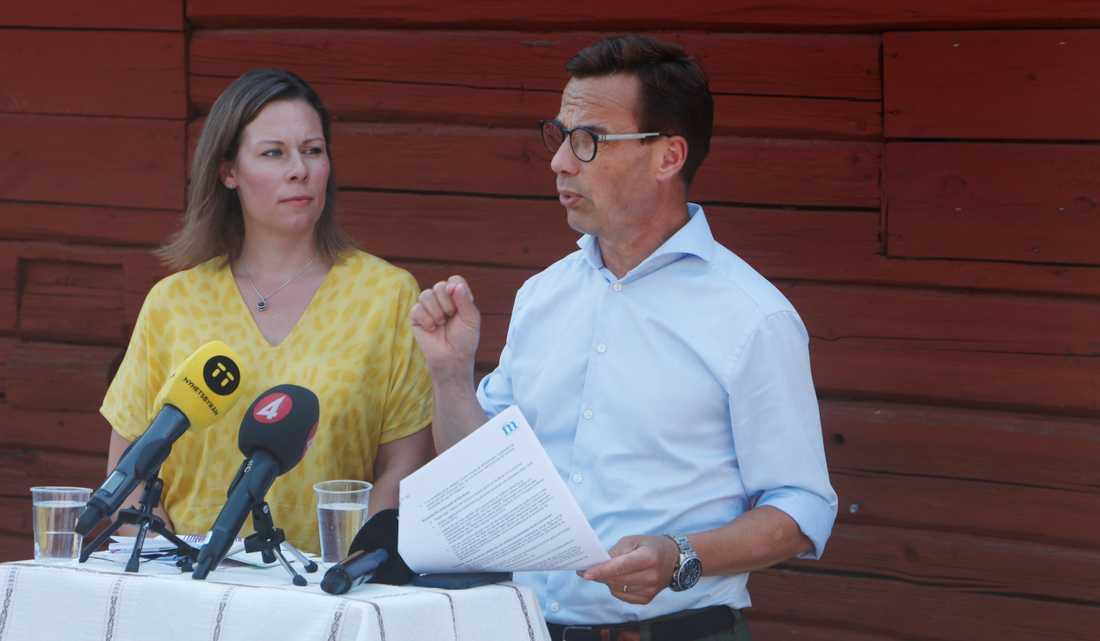 Ulf Kristersson under Presskonferensen.