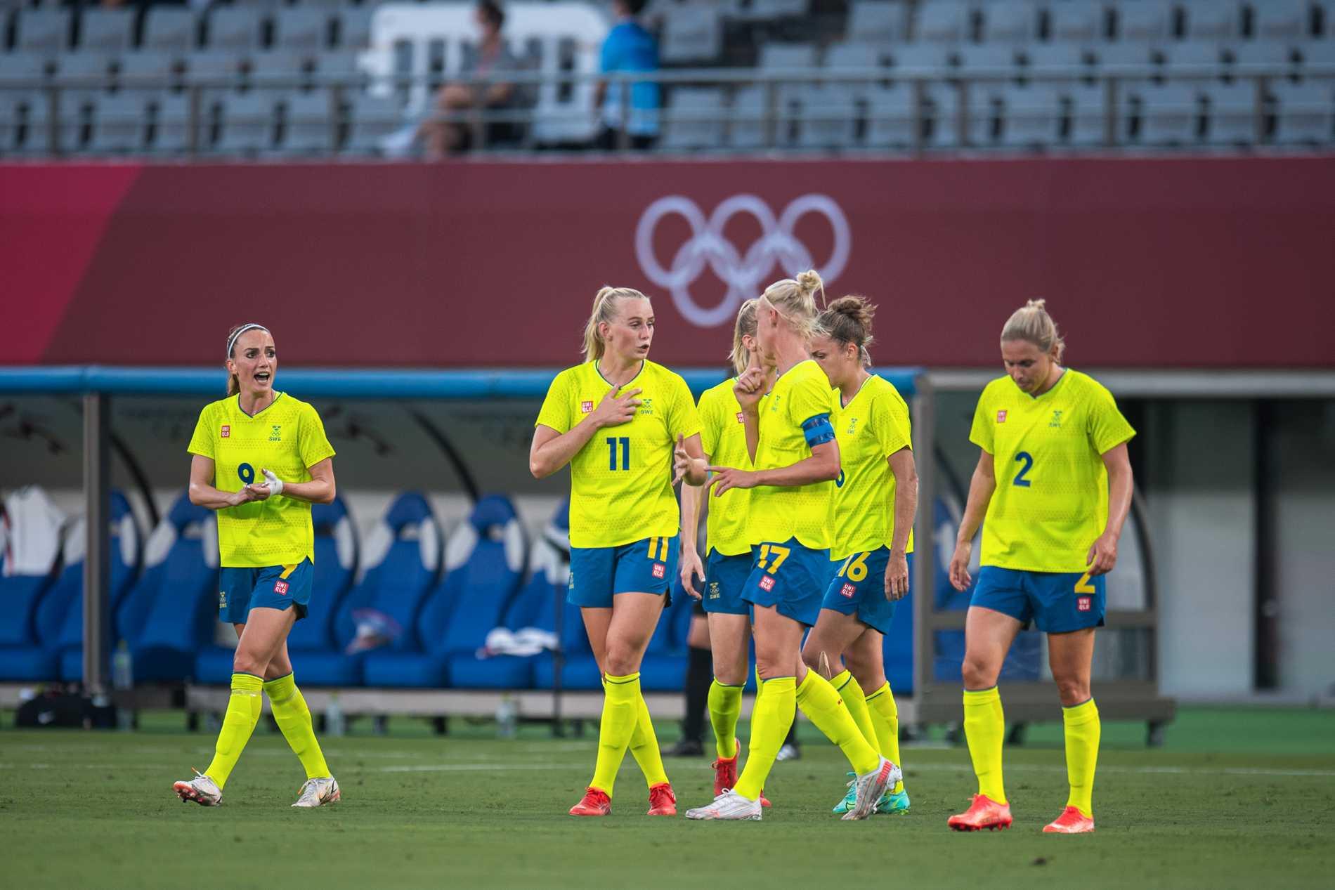 De svenska OS-tröjorna får ta emot stark kritik.