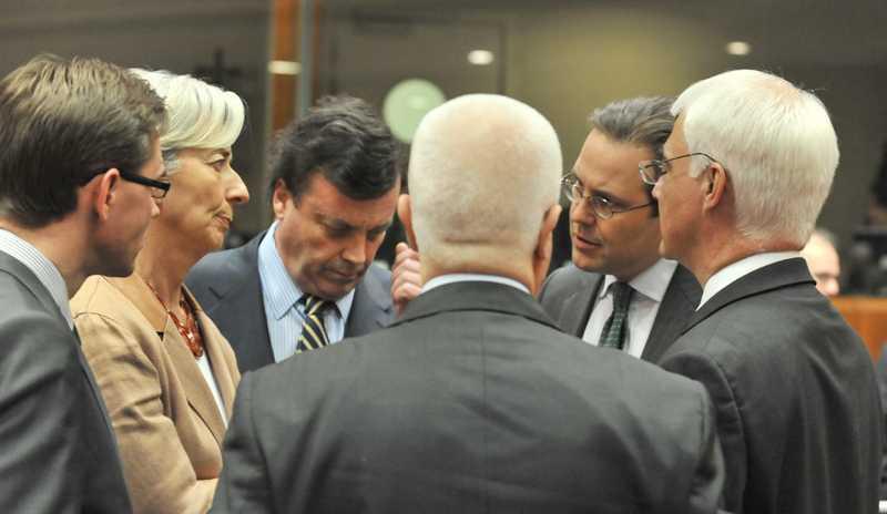 Sveriges finansminister Anders Borg i intensiva samtal med ministrar från Finland, Irland, Portugal, Frankrike och Storbritannien.