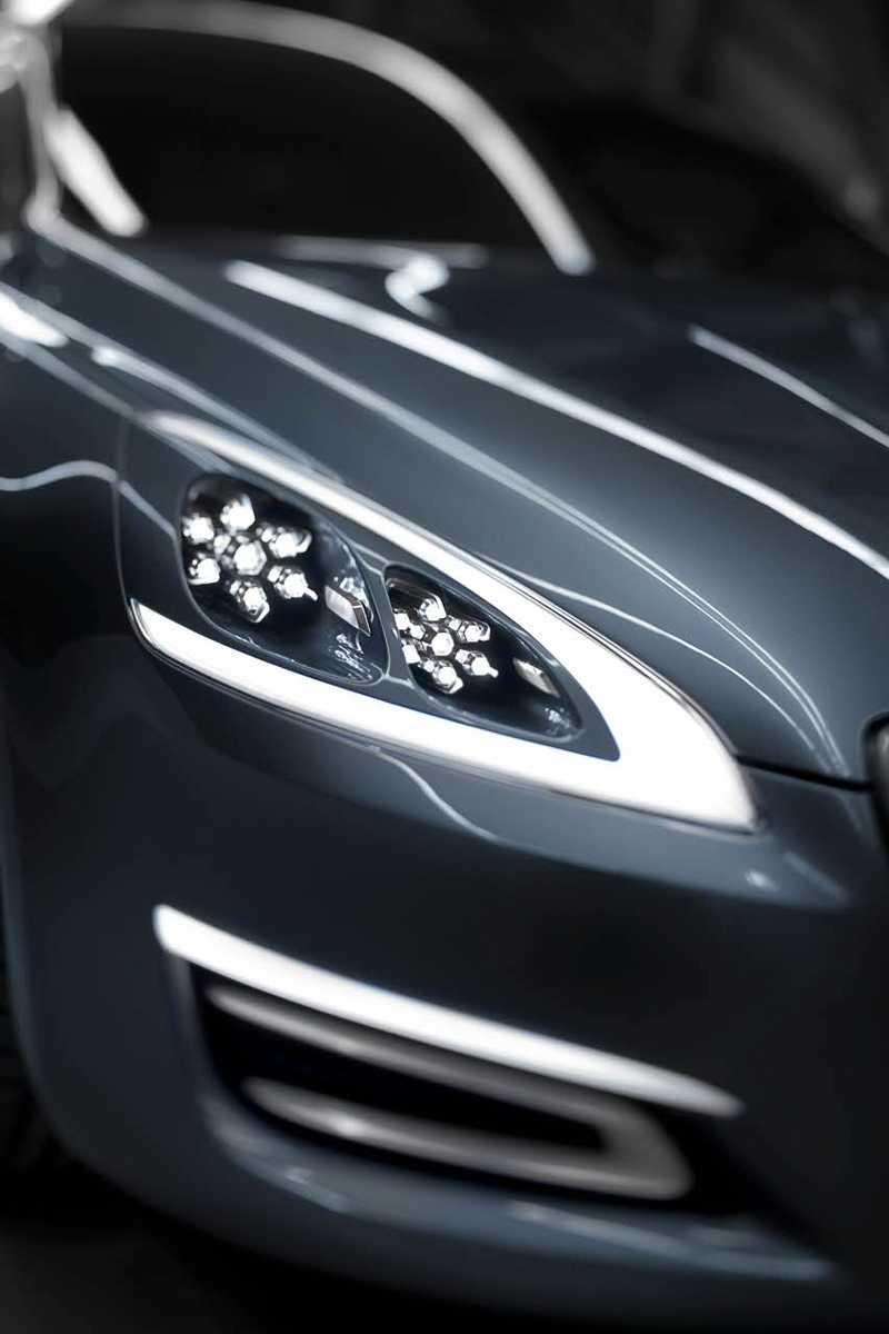 Dessa extrema strålkastare kommer med största sannolikhet att tonas ned till den färdiga bilen.