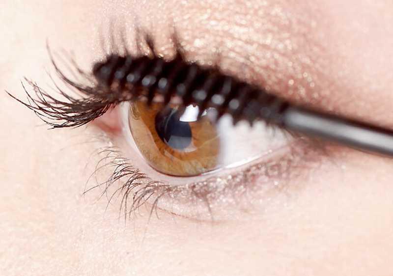Så får du  b magiska   b ögonblink - Vi lär dig framhäva ögonen ... 47b9f962abb9c