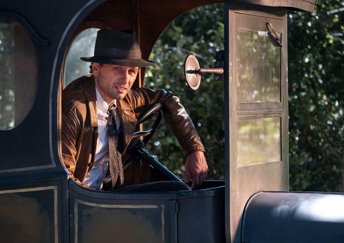 Matthew Rhys som Perry Mason.