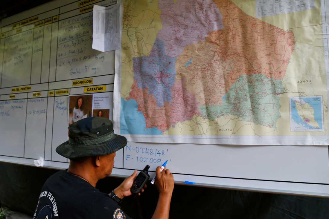 Polisen har upprättat en bas i semesterorten Dusun där Nora Quoirin försvann.