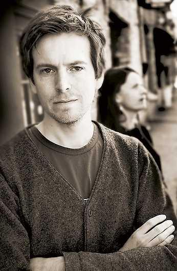 Mattias Hagberg är frilansjournalist och författare.