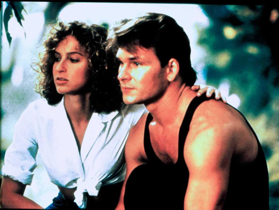 Patrick Swayze och Jennifer Grey i originalet.
