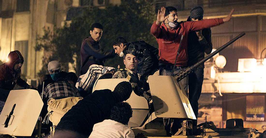 """""""Det är mycket som har brunnit ner till grunden på Tunis och Kairos gator"""", skriver Andreas Malm om den arabiska revolutionen."""