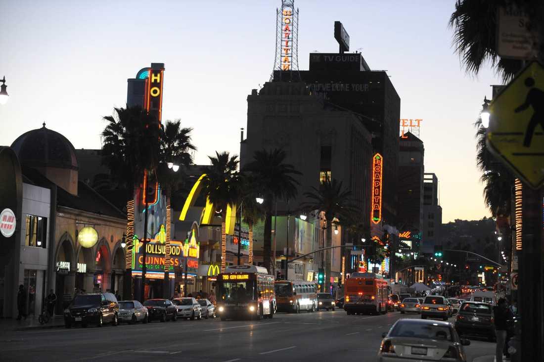 Affären låg längst inne i en ficka från Hollywood Boulevard.