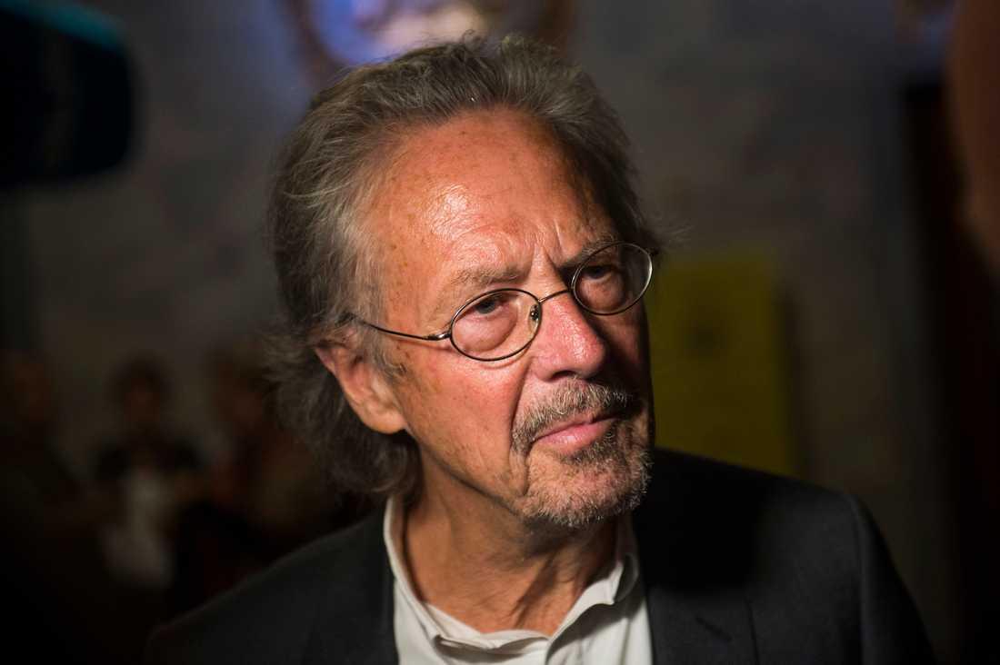 Österriske författaren Peter Handke tilldelas Nobelpriset 2019.