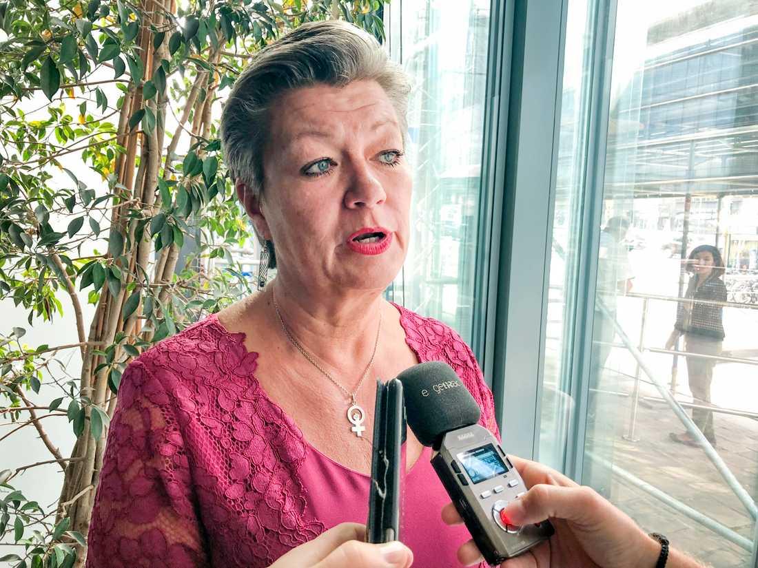 Sveriges tillträdande EU-kommissionär Ylva Johansson (S) på plats i Bryssel.