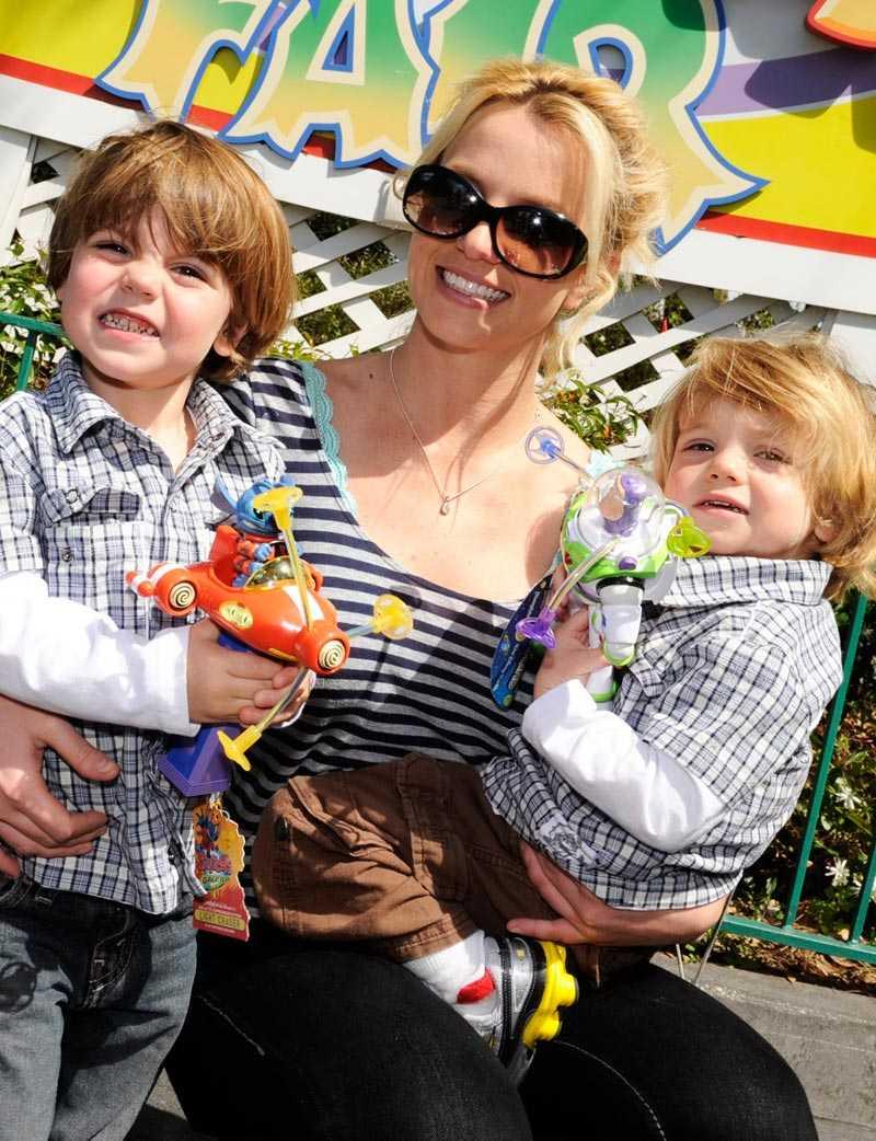 Britney Spears och hennes dåvarande man Kevin Federline sparade inte på krutet. Sönerna Sean Preston och James Jayden är födda med knappt ett år emellan - den förre i september 2005 och den senare i september 2006.