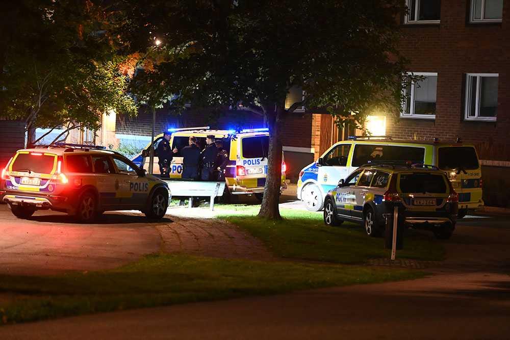 Polisen larmades till huset i Märsta.