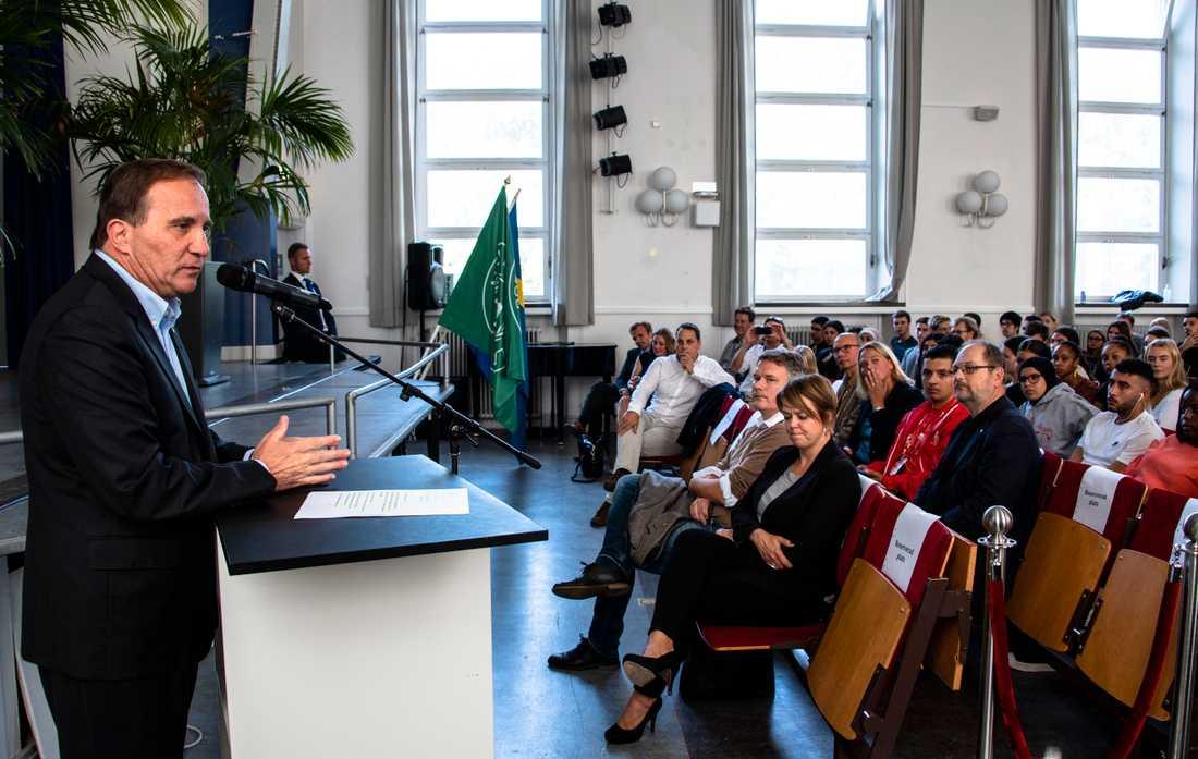 Stefan Löfven talar på Borgarskolan, Malmö.