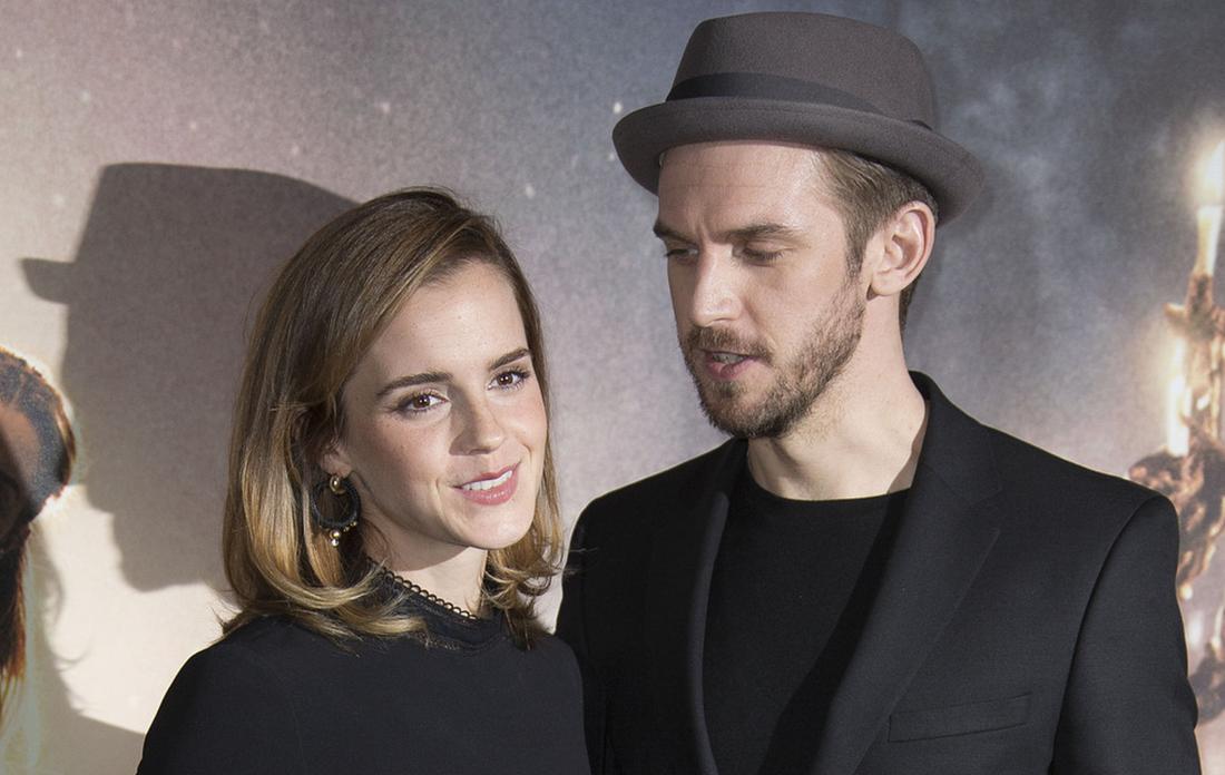 """Emma Watson spelar rollen som Belle, medan Dan Stevens gestaltar odjuret, i Disneys """"Skönheten och odjuret"""". Filmen innehåller en gayscen som väckt ont blod i Ryssland."""