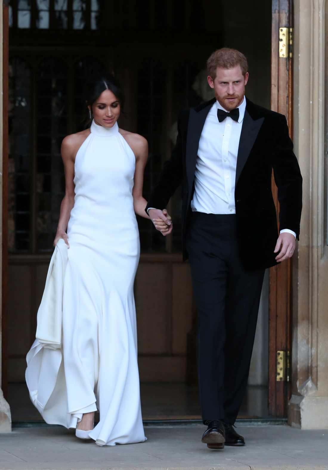 Under kvällen bytte prinsparet outfit till en lite mer ledig klädsel.