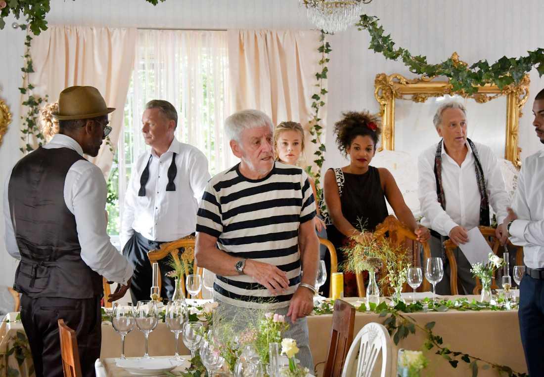 """Colin Nutley under inspelning av tv-serien """"Bröllop, begravning och dop""""."""