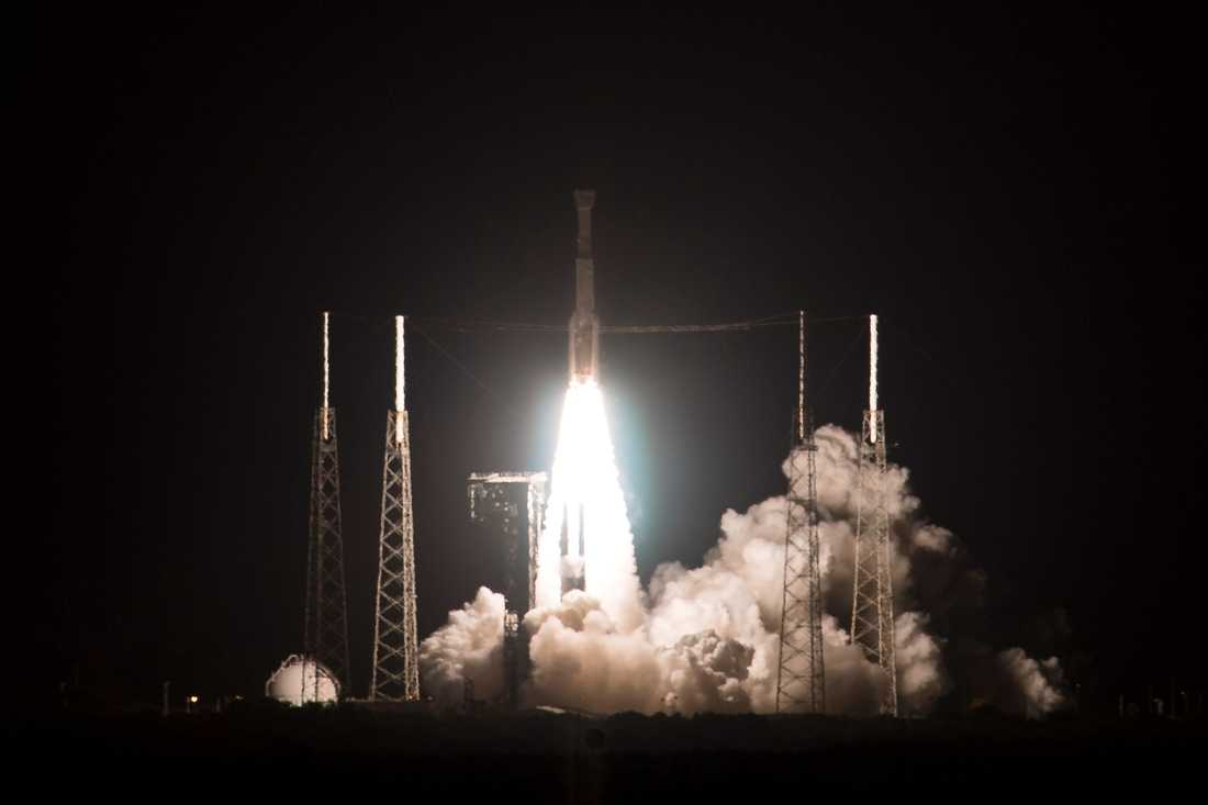 Starlinerkapseln sköts upp från Cape Canaveral i Florida på fredagen.