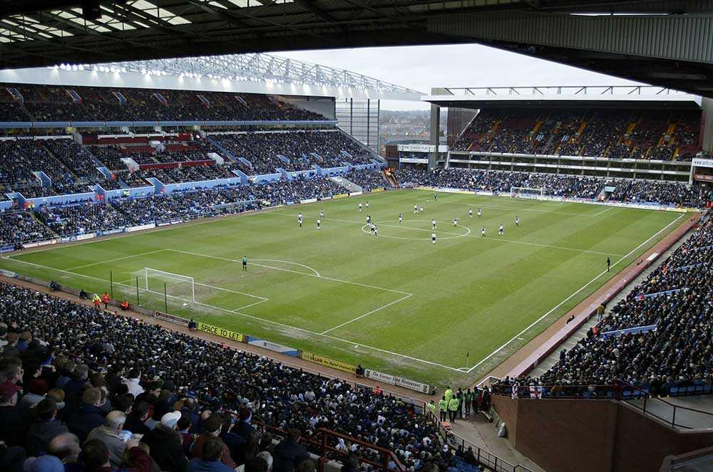 Aston Villas fotbollsstadium Villa Park i Birmingham.