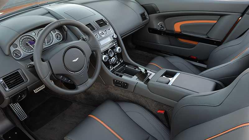 De varma stolarna - här i en V12 Vantage.
